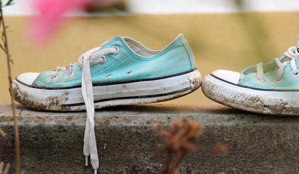 How to Clean Athletic Shoes