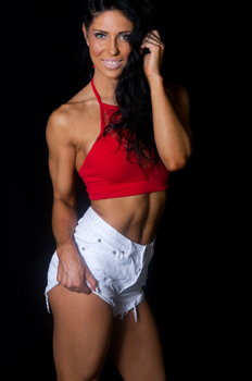 8 Female Fitness Personalities share their best fitness tips - Monique Lopez