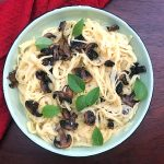 Creamy Cauliflower Alfredo Pasta with Mushrooms [VEGAN]