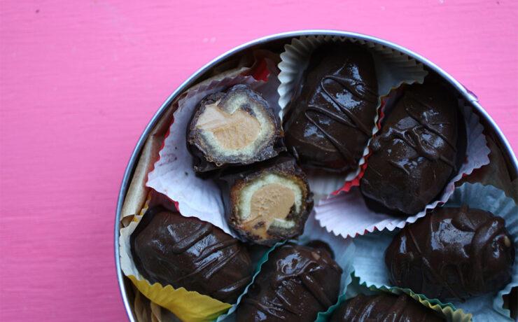 Chocolate Peanut Butter Date Bombs