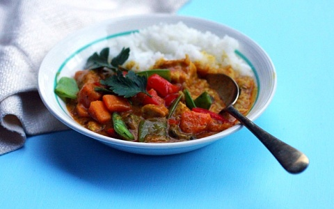 Peanut Coconut Chicken Curry