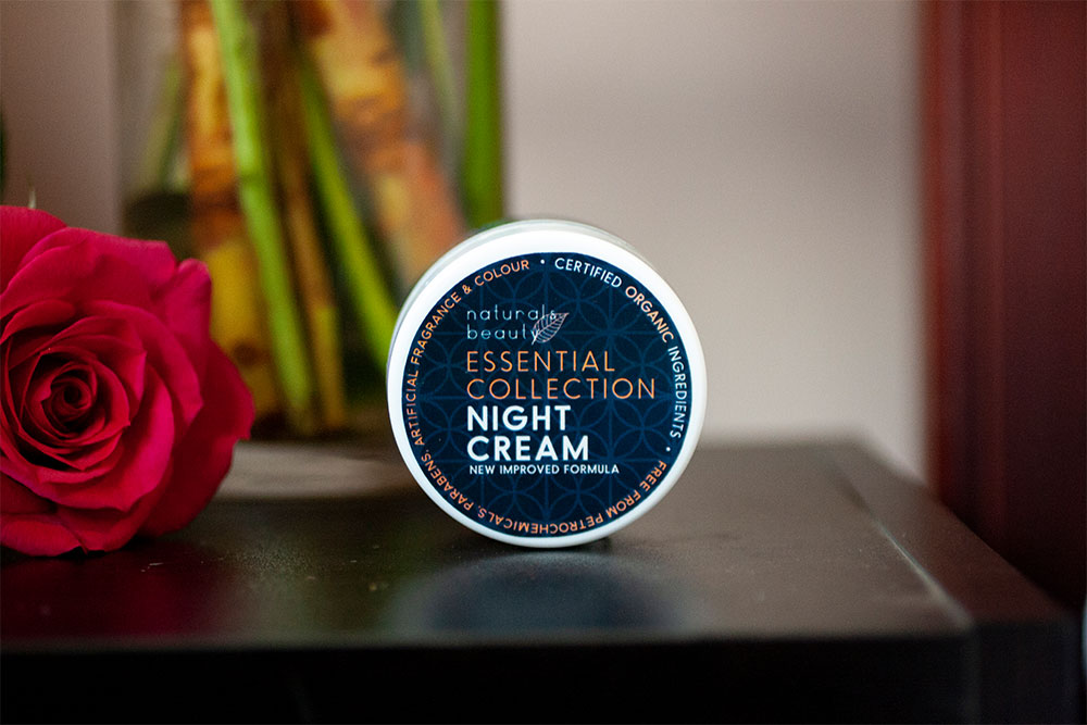 Natural Beauty Essential Collection Night Cream