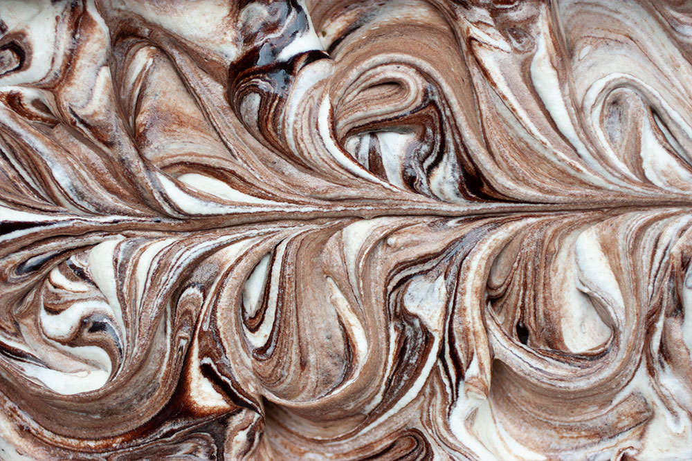 Vegan No Churn Ice Cream with Chocolate Fudge Swirls