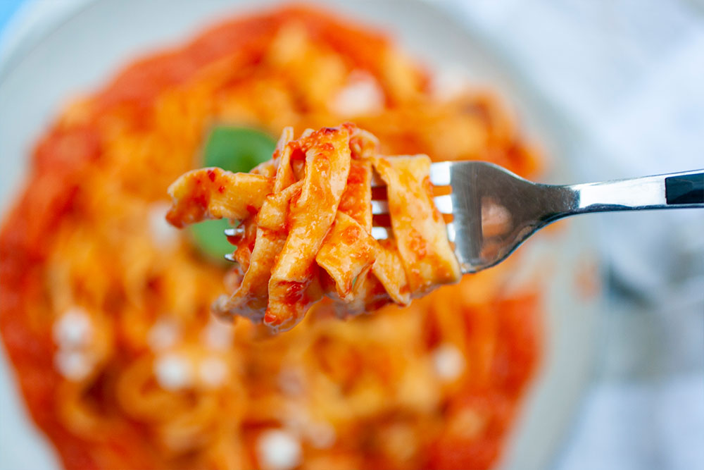 Roasted Red Pepper and Harissa Pasta