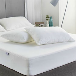 Protect A Bed SNOW Waterproof Pillow Protector